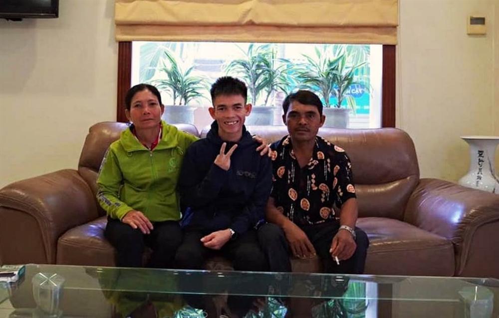 Chàng trai chăn bò Bình Định: Sự nổi tiếng giúp tôi có thu nhập bất ngờ-3