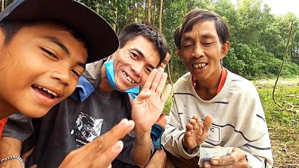 Chàng trai chăn bò Bình Định: Sự nổi tiếng giúp tôi có thu nhập bất ngờ-5