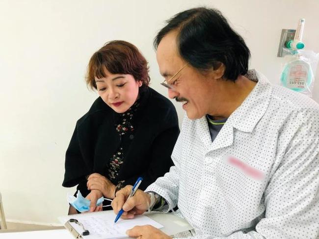 Nghệ sĩ Giang còi chấp nhận điều trị ung thư vòm họng nhưng với một điều kiện-2