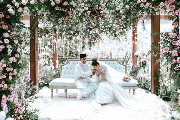Tổ chức hôn lễ xa hoa bậc nhất năm 2018, ái nữ của đại gia giàu nhất Malaysia giờ có cuộc sống ra sao?-2