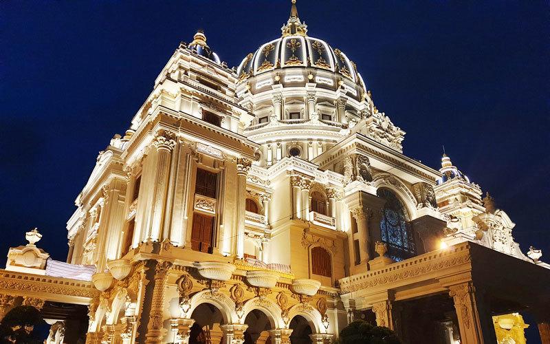 Ông chủ lâu đài dát vàng 400 tỷ ở Ninh Bình: Sở hữu 2 công ty vốn gần 7.000 tỷ nhưng lời lãi không đáng kể-1