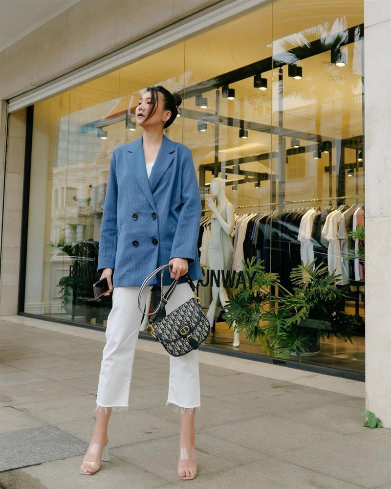 5 kiểu blazer chân ái của sao Vbiz 30+: Chị em mà diện thì chỉ trẻ trung, xịn đẹp trở lên-5
