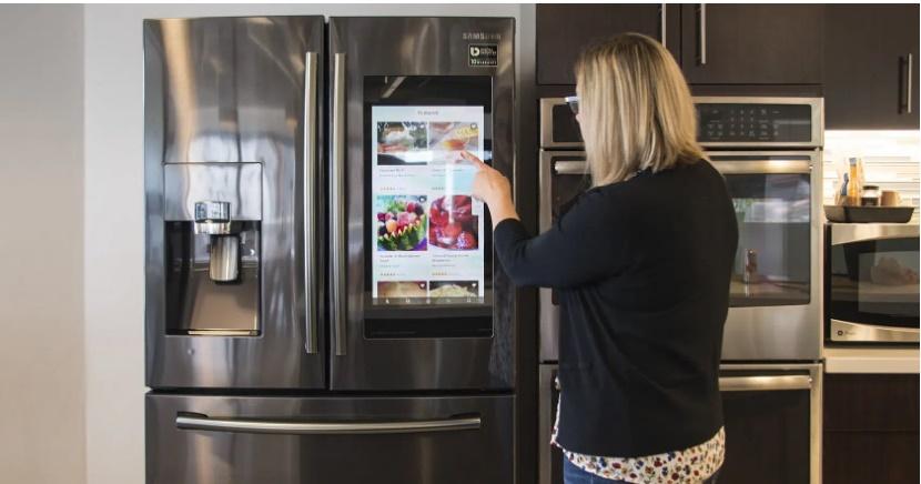 """Đầu tư cả núi tiền mua tủ lạnh thông minh, đến lúc sử dụng cô gái mới biết nó phản chủ"""" thế nào: Xem mà tức giùm!-1"""