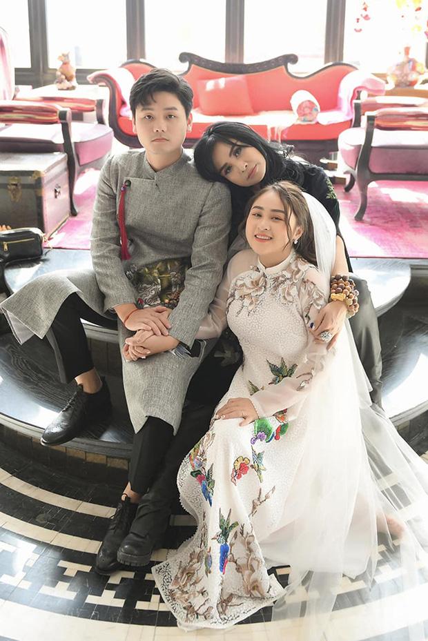 Hồng Nhung công khai sánh đôi bên bạn trai ngoại quốc, bạn trai bác sĩ có mặt trong đám cưới con gái Thanh Lam-5