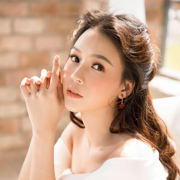 30 tuổi đã có tài sản 60 tỷ với cơ ngơi rộng 300m2, Sam đúng là nữ đại gia của showbiz Việt-1
