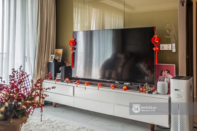 Nhà của Dương Khắc Linh - Sara Lưu: Phòng khách trưng hoa bắt mắt, gian bếp đắt đỏ chiếm gần một nửa giá mua nhà-8
