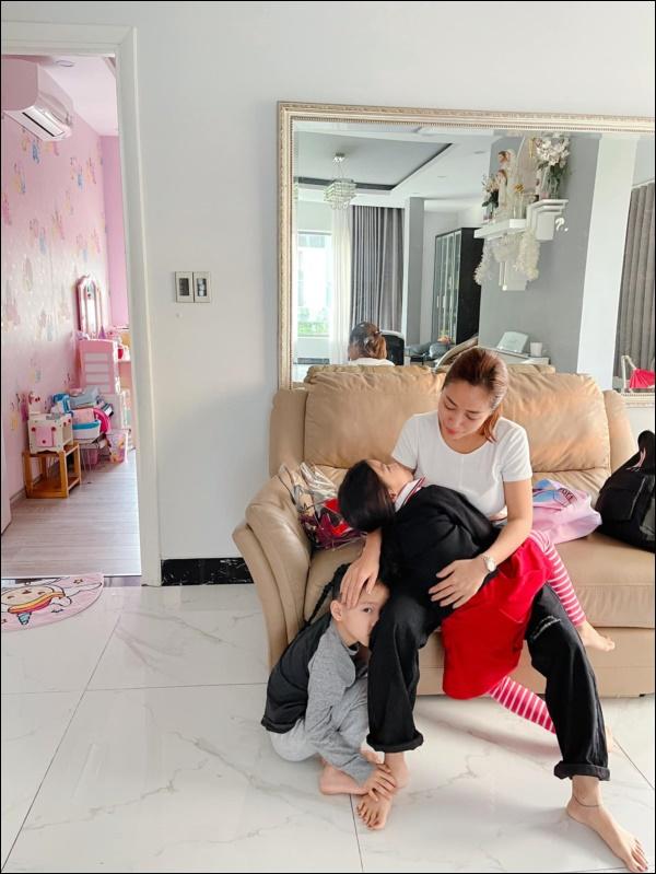 Bà mẹ 3 con Ốc Thanh Vân quả là siêu nhân, bí quyết chăm con này các mẹ bận mấy cũng nên học hỏi-1