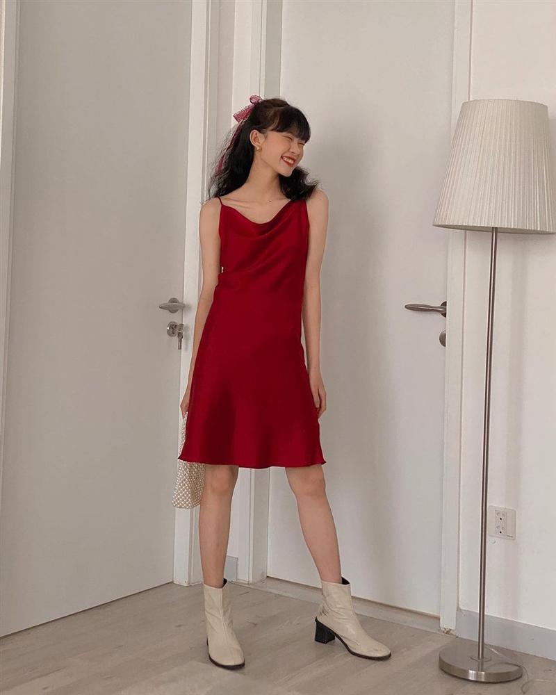 9 mẫu váy đỏ xinh ngất lại chẳng kén dáng, chị em tia gấp để Tết này diện lên ai cũng khen xinh-4