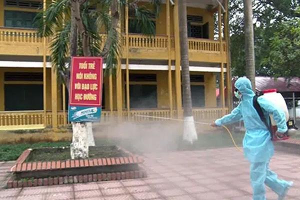 Học sinh toàn tỉnh Quảng Ninh nghỉ học do phát hiện bệnh nhân nhiễm Covid-19, lịch nghỉ cụ thể như sau-1