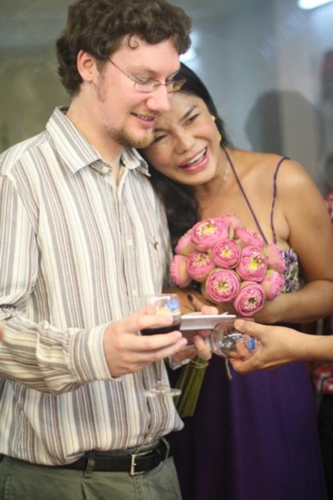 Cindy Thái Tài: Tôi tiễn người đàn ông đó đi lấy vợ, đứng ra tổ chức đám cưới cho người ta-2