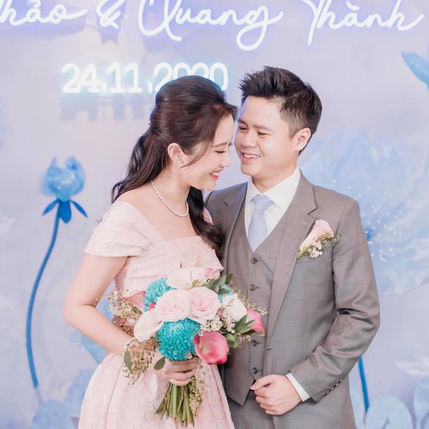 Đám cưới Phan Thành - Primmy Trương: Nhà gái dựng cổng hoa tươi hoành tráng trước biệt thự to đùng vật vã-1