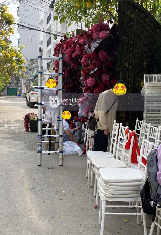 Đám cưới Phan Thành - Primmy Trương: Nhà gái dựng cổng hoa tươi hoành tráng trước biệt thự to đùng vật vã-5
