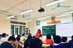 Bị cô giáo gọi bằng cái tên thiếu tế nhị giữa buổi họp phụ huynh, người mẹ nói lại vài câu khiến ai có mặt đều lặng người-4