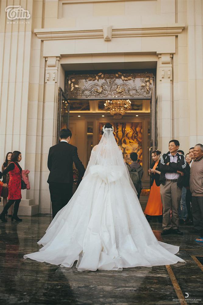 Choáng ngợp với đám cưới của Á khôi Đại học Kinh tế Quốc dân: Chú rể lái siêu xe Lamborghini 19 tỷ rước dâu-15