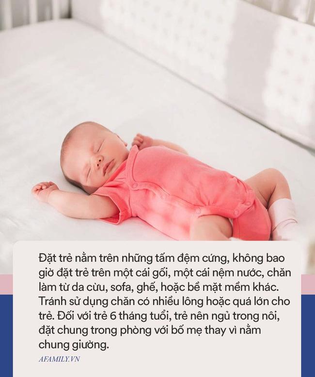 Bé gái 3 tháng tuổi đột tử khi đang nằm trên xe đẩy, trong khi bố mẹ còn mải cãi nhau vì tưởng con đang ngủ-4