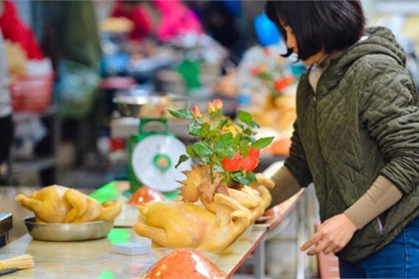 7 bí quyết chi tiêu thực phẩm Tết tiết kiệm, dù nhà có 12 người cũng ăn Tết không quá 5 triệu đồng của mẹ đảm ở Hà Nội-1