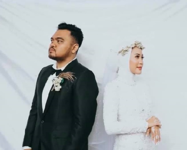 Clip: Cô dâu xin chồng ôm tình cũ 'một cái' trong đám cưới, hành động của tân lang khiến nhiều người khen ngợi-7