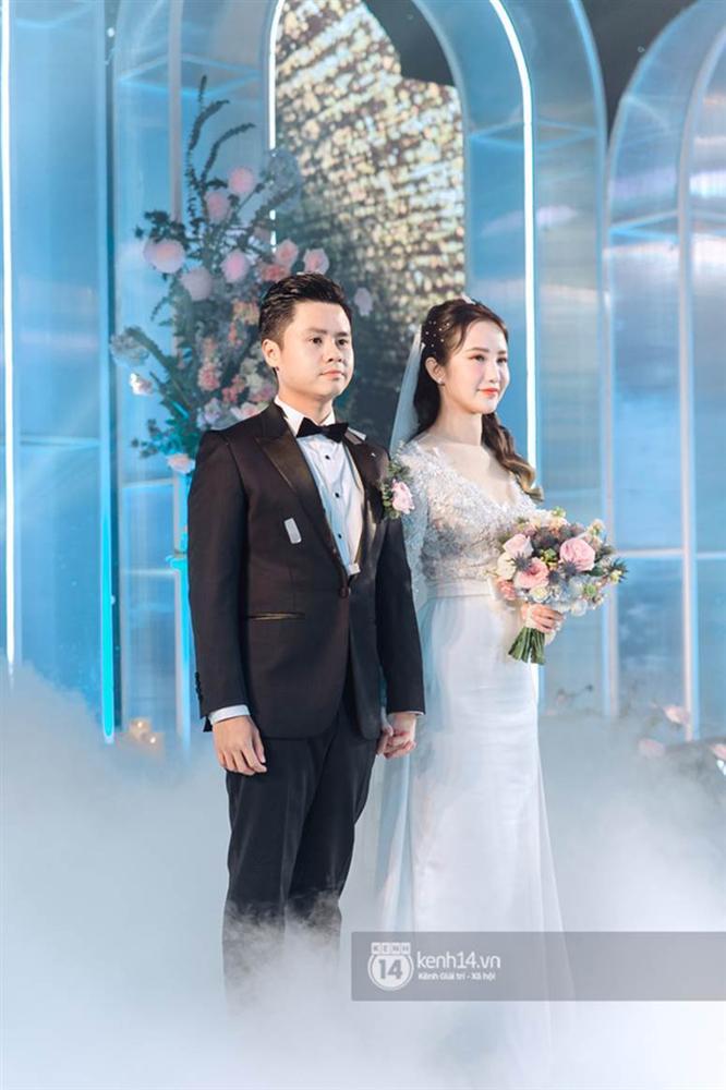 Bạn thân tiết lộ vợ thiếu gia Phan Thành bước vào hào môn nhờ chính chú cún cưng-1