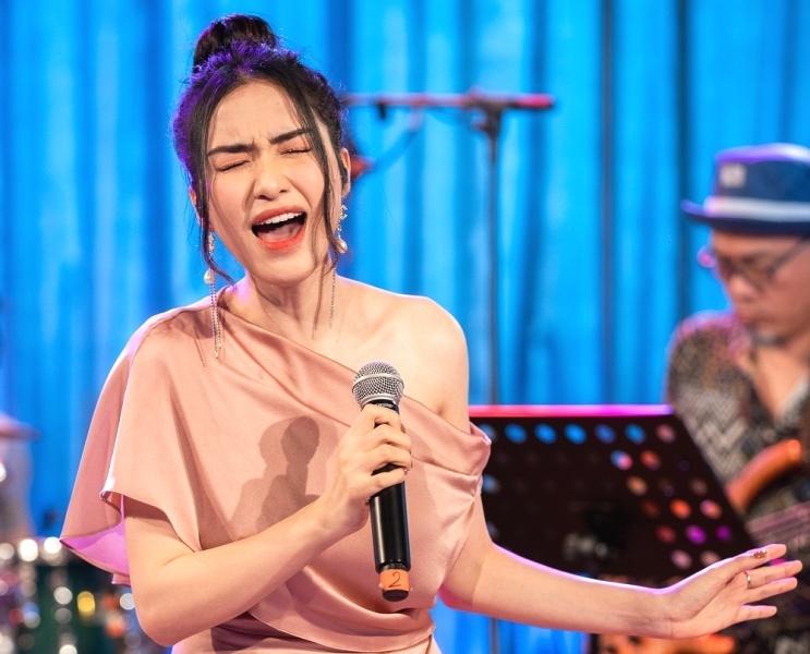Hòa Minzy nhại giọng Chi Pu nhưng còn e ngại vì sợ bóc phốt-2
