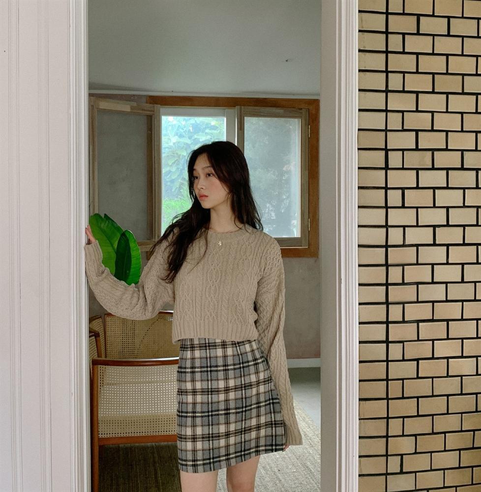 5 kiểu chân váy gái Hàn thường diện với áo len, nàng công sở nên hóng ngay để không bao giờ lo mặc xấu-14