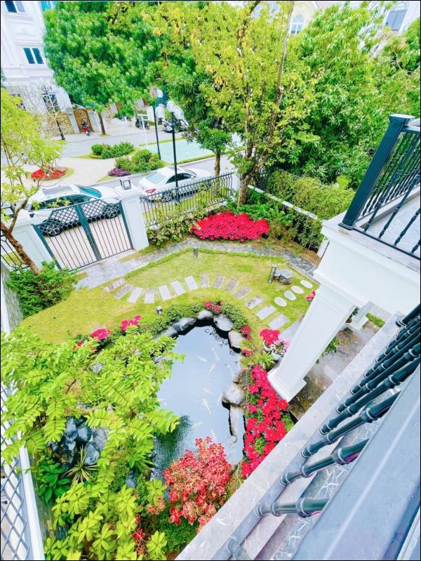 Cận cảnh khu vườn đẹp như mơ trong biệt thự ven sông của Lã Thanh Huyền, Tết dịch ngồi ở nhà ngắm hoa lá cũng vui-6