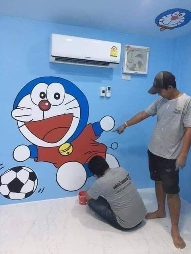 Căn nhà có gia chủ mê Doraemon khiến dân tình tranh cãi: Dễ thương hay nhố nhăng như cái vườn trẻ?-5