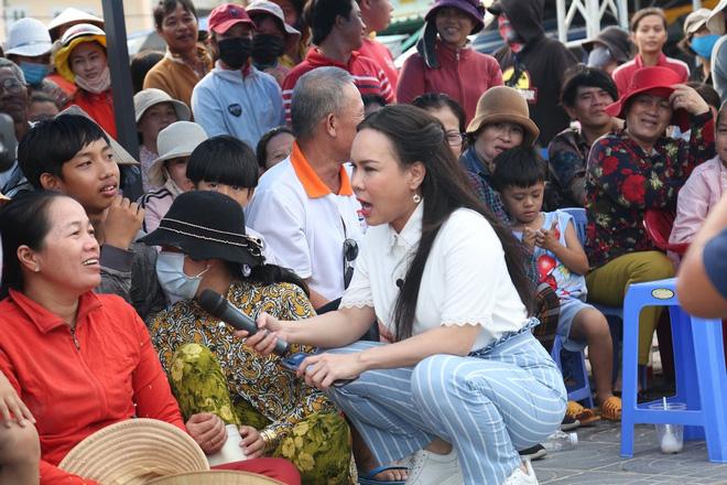 Việt Hương: Về đến nhà tôi không ăn nổi, sụp xuống luôn-3