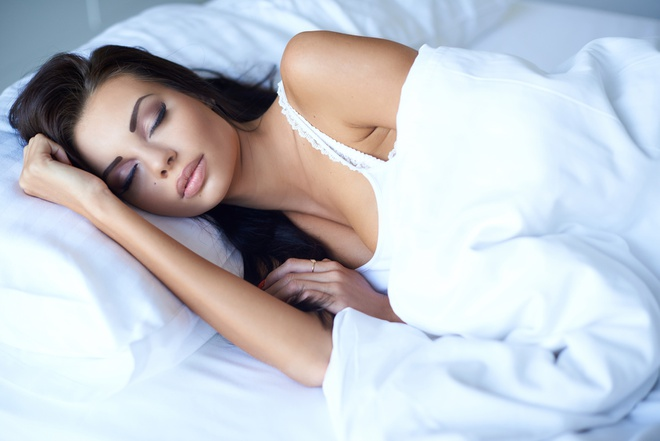 Làn da của bạn sẽ ra sao khi đi ngủ không tẩy trang?-2