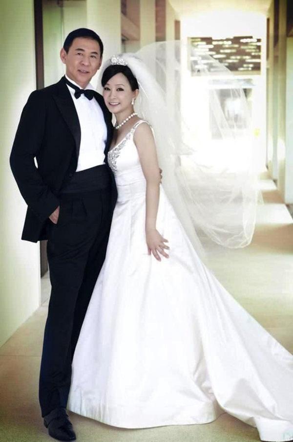 Drama nhiều tập của ông vua viễn thông Đài Loan: Tỷ phú ngoại tình nhiều lần, cuối cùng phải lãnh hậu quả cay đắng vì cuộc đời có vay có trả-6