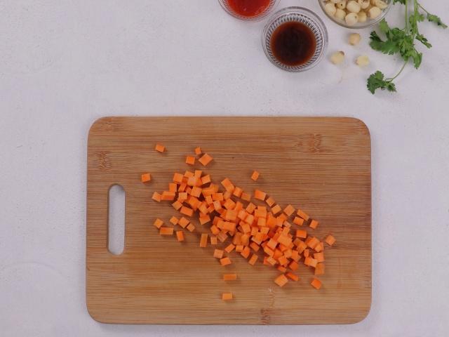 Muốn ăn ngon nhưng ngại dọn, chị em thử món cơm sau đây: Cho hết nguyên liệu vào nồi, bấm nút là xong!-4