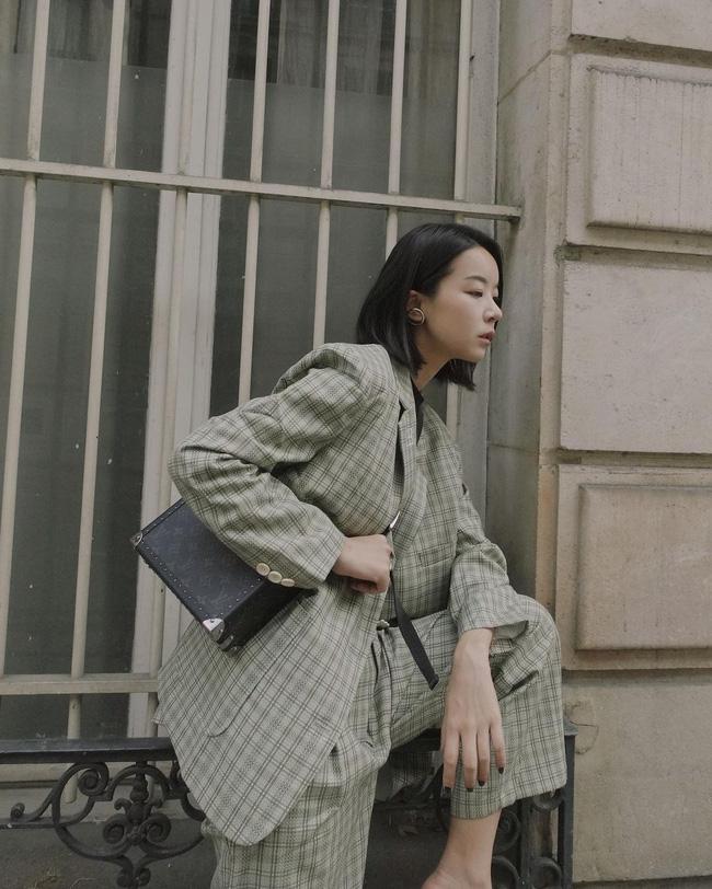 11 cách tái chế đồ công sở để diện Tết, chị em không cần sắm nhiều quần áo mới vẫn mặc đẹp nức nở-5