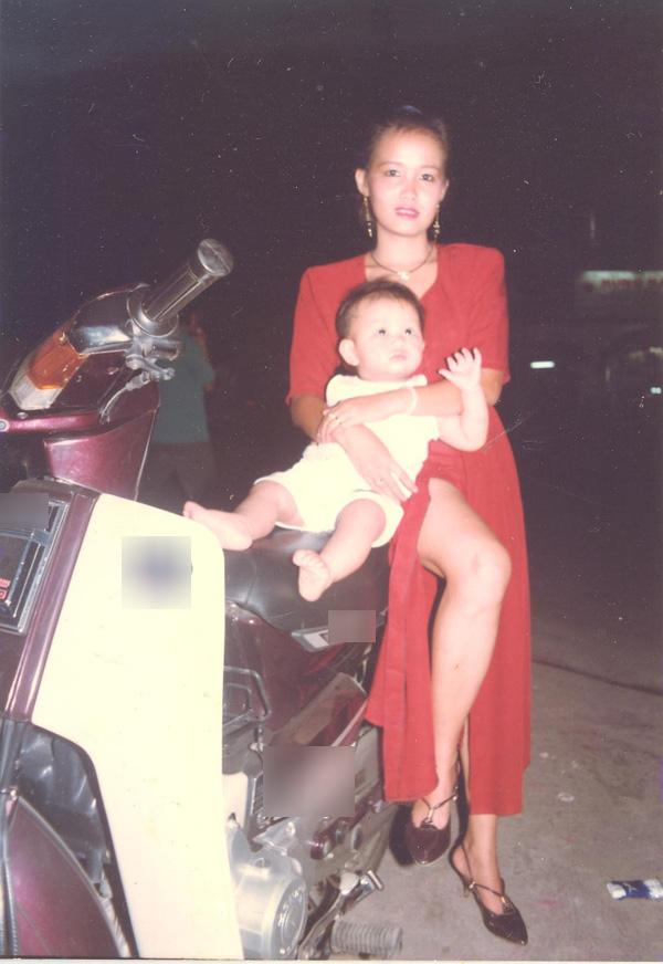 Đào Bá Lộc khoe ảnh gia đình, được khen đẹp vượt trội hơn cả mẹ và em-6