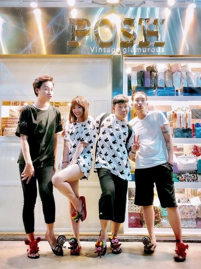 Gần Tết, Trấn Thành mạnh tay chi gần trăm triệu sắm đồ Gucci diện đôi cùng Hari Won-9