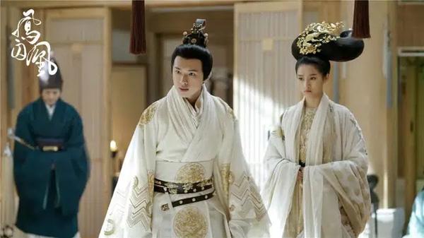 Hoàng đế quái đản nhất nhì lịch sử Trung Hoa: Thu nạp cô cô làm phi tử, vì bình đẳng giới mà tìm 30 nam sủng cường tráng cho tỷ tỷ-1