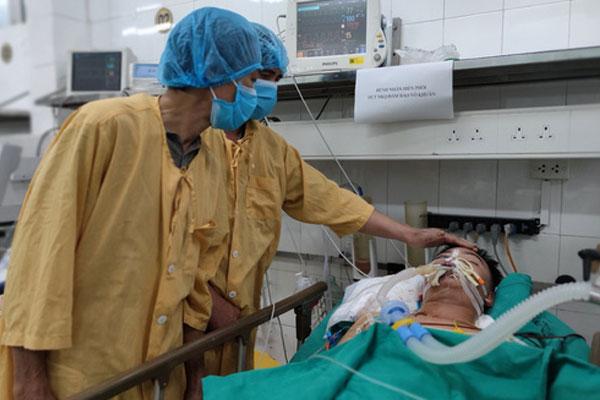 Cận Tết bị tai nạn giao thông không qua khỏi, chàng trai 19 tuổi hiến nội tạng cứu 6 người-1
