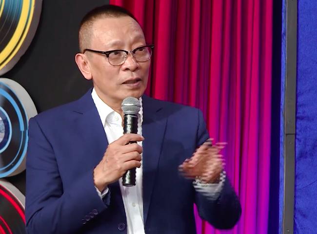 Ký ức vui vẻ: Khiến fan vỡ oà với cảnh MC Lại Văn Sâm gặp bé Đậu Đũa, ekip sản xuất vẫn xin lỗi vì có sự cố-3