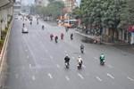 Nam sinh viên trường FPT cơ sở Mỹ Đình tự đi xe máy từ Hà Nội về Nghệ An lên cơn sốt, ho-3