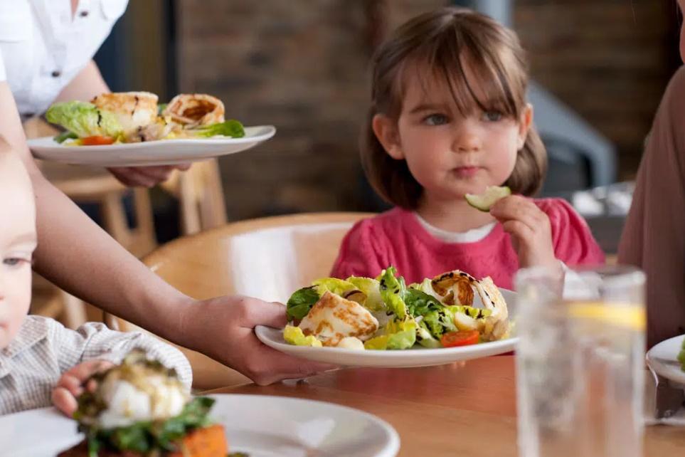 5 thói quen xấu bố mẹ cần uốn nắn trước khi trẻ lên 6 tuổi kẻo ảnh hưởng đến cả tương lai về sau-3