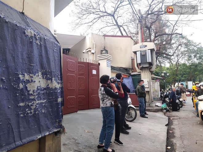 """Vụ cháy khiến 4 người tử vong ở Hà Nội, người thân chết lặng tại nhà tang lễ: Nhà nó chỉ có 2 anh em duy nhất thôi, ai ngờ giờ xảy ra cơ sự đau lòng như vậy""""-1"""