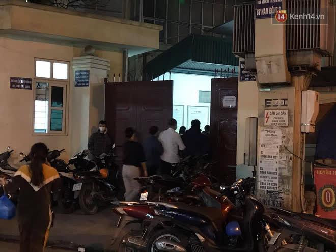 """Vụ cháy khiến 4 người tử vong ở Hà Nội, người thân chết lặng tại nhà tang lễ: Nhà nó chỉ có 2 anh em duy nhất thôi, ai ngờ giờ xảy ra cơ sự đau lòng như vậy""""-4"""