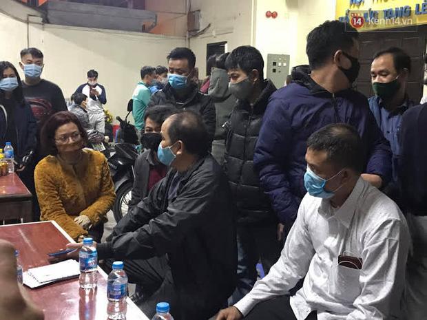 """Vụ cháy khiến 4 người tử vong ở Hà Nội, người thân chết lặng tại nhà tang lễ: Nhà nó chỉ có 2 anh em duy nhất thôi, ai ngờ giờ xảy ra cơ sự đau lòng như vậy""""-12"""