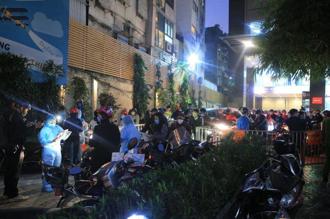 Hà Nội phong tỏa tạm thời chung cư 88 Láng Hạ nơi nữ nhân viên ngân hàng mắc COVID-19 sinh sống-2