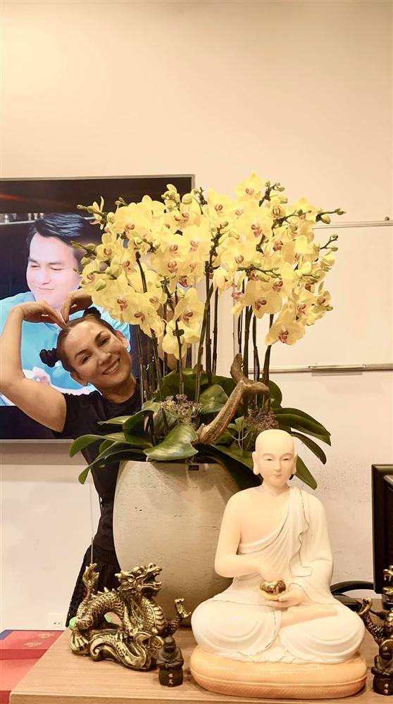 Sao Việt trang trí nhà cửa đón Tết: Lã Thanh Huyền 3 đời chơi lan Hồ Điệp, Thúy Hạnh thiết kế sânvườn đèn hoa lộng lẫy như nhà hàng Nhật-8