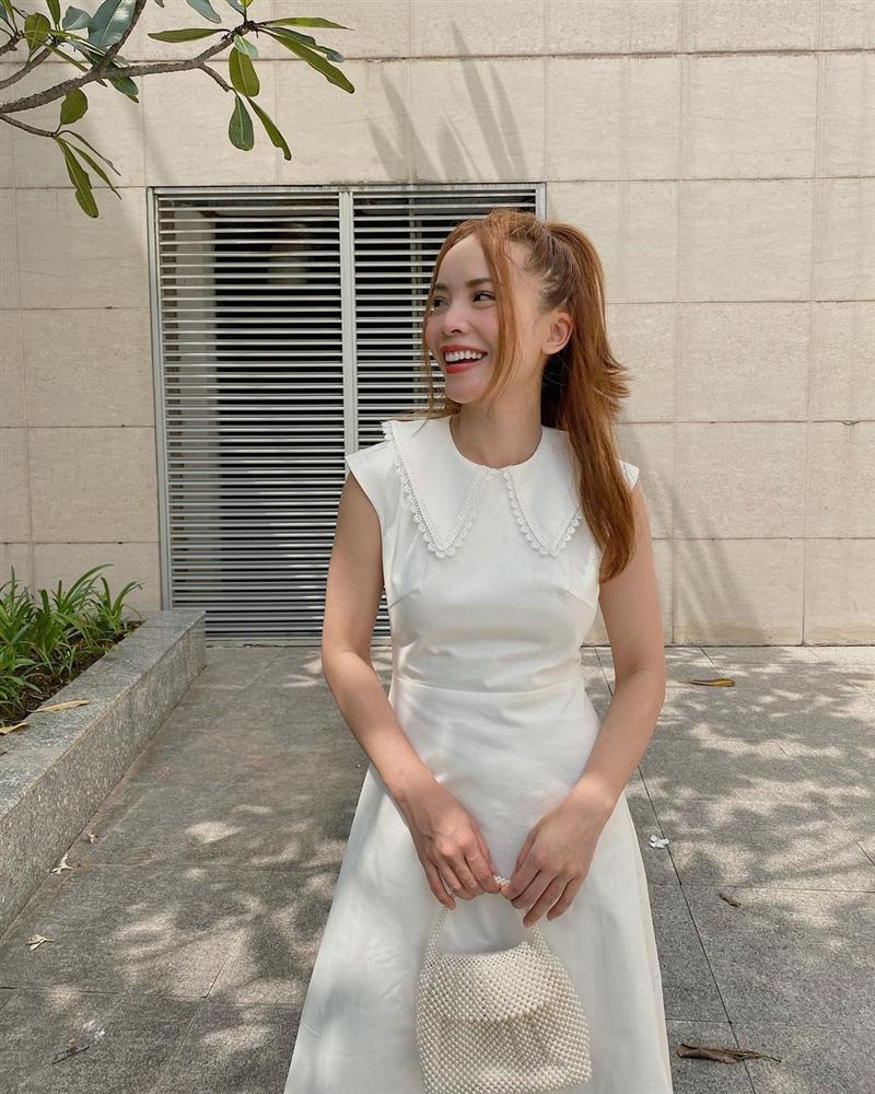 4 mẫu váy tủ của sao Việt: Tất cả đều xinh và sang đến nỗi bạn sẽ muốn sắm hết để diện Tết-1
