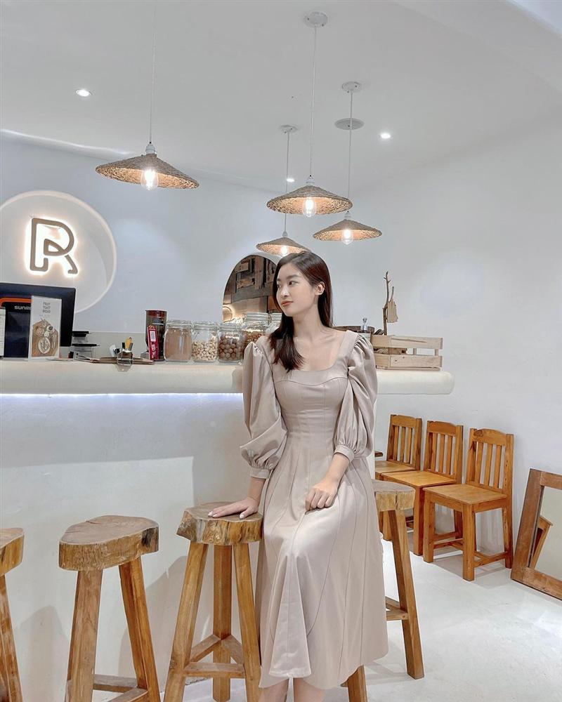 4 mẫu váy tủ của sao Việt: Tất cả đều xinh và sang đến nỗi bạn sẽ muốn sắm hết để diện Tết-15