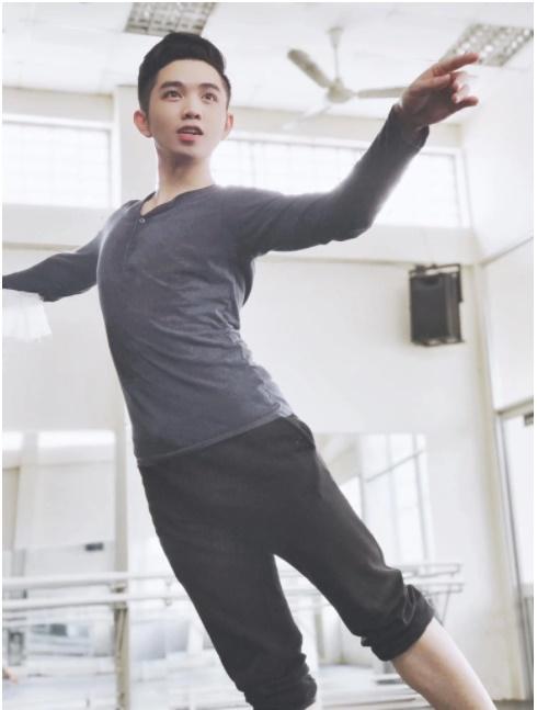 Hot boy làng múa từng khiến Hoài Linh vỗ tay thán phục, đột ngột qua đời ở tuổi 29 vì bạo bệnh-1