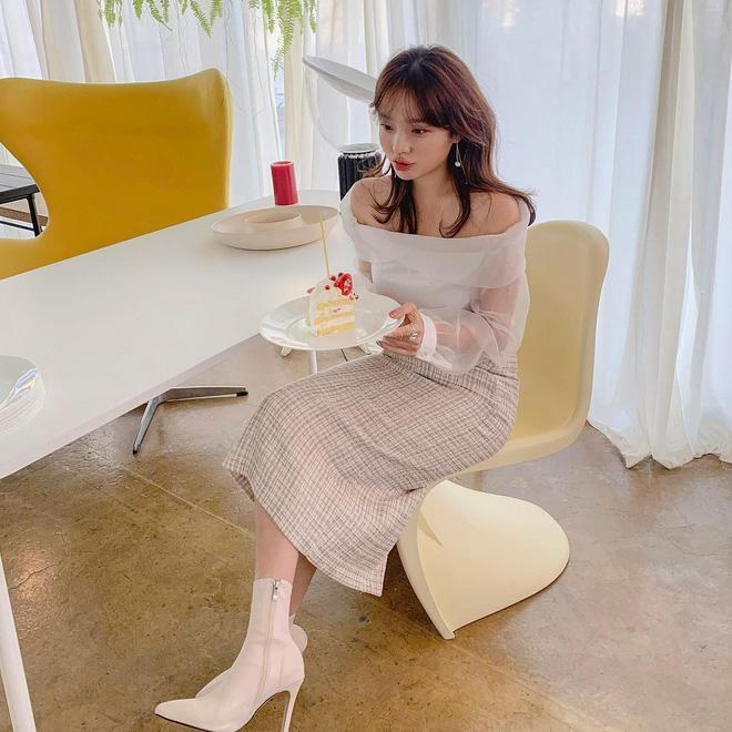 5 kiểu giày đáng sắm giúp style lên đời dịp Tết: Diện với váy hay quần cũng xinh sang hết cỡ-12