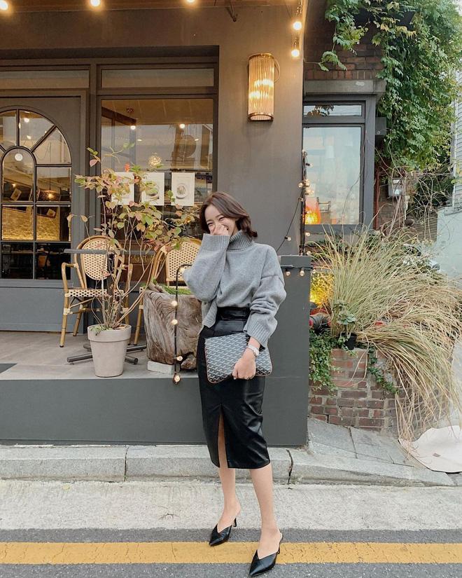 5 kiểu giày đáng sắm giúp style lên đời dịp Tết: Diện với váy hay quần cũng xinh sang hết cỡ-14