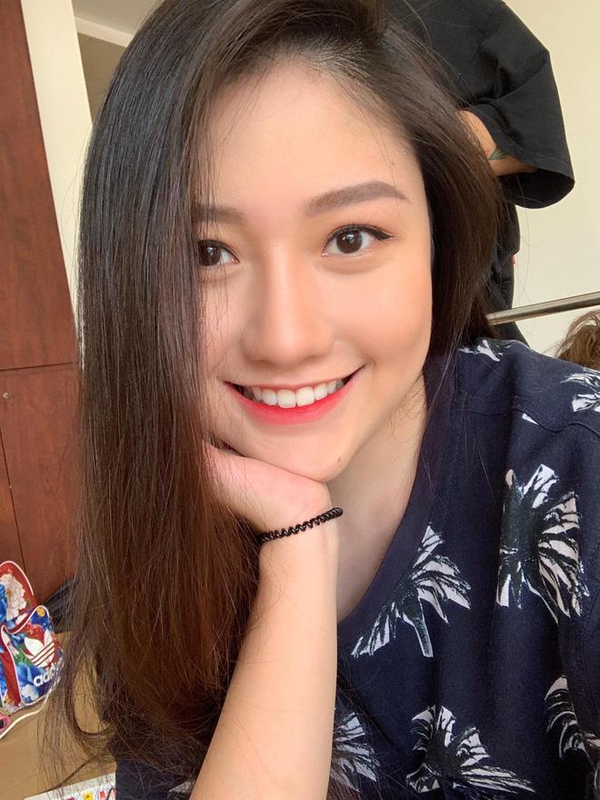Em gái Trấn Thành tung ảnh hiếm chúc mừng sinh nhật anh trai, ai ngờ chiếm luôn spotlight của nhân vật chính-2
