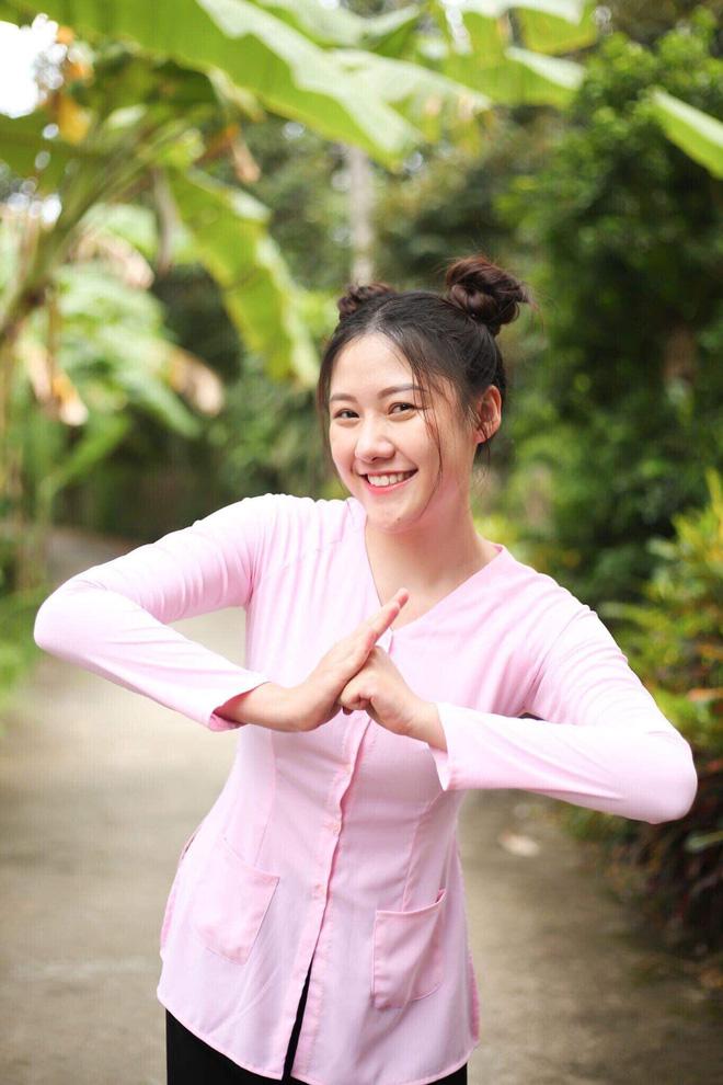 Em gái Trấn Thành tung ảnh hiếm chúc mừng sinh nhật anh trai, ai ngờ chiếm luôn spotlight của nhân vật chính-5